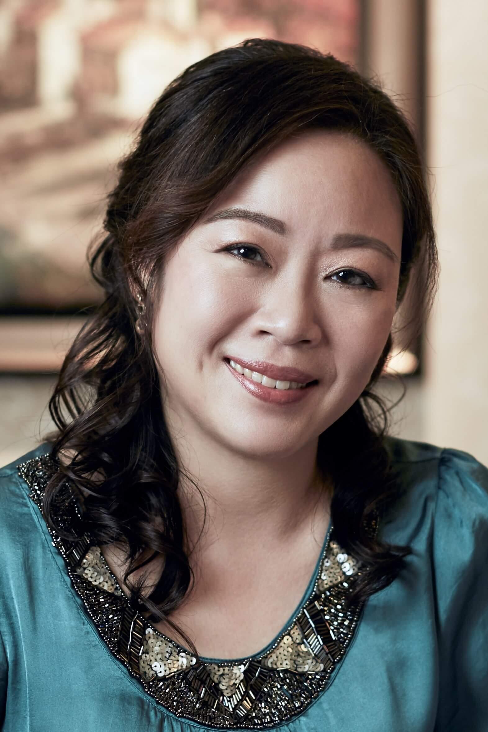 Dr. Wong Su-Ni - Dermatological Society of Singapore